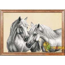 Белые лошади