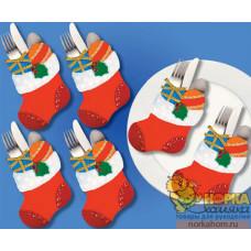 """Рождественские фигурные кармашки """"Сапожки с подарками"""""""