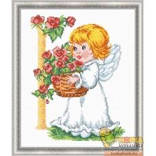 Ангелочек с корзиной роз