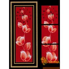 """Часы """"Тюльпаны на красном"""""""
