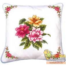 """Подушка """"Весенние цветы"""""""