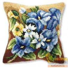 """Подушка """"Голубые лилии"""""""