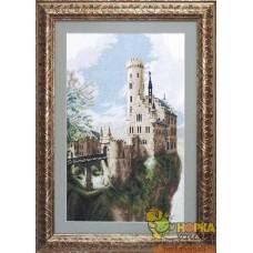 Замок весной