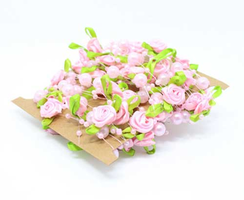 Розовые розы с жемчугом на леске (5 м)