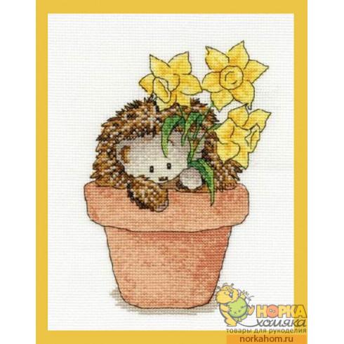 Frankie Hedgehog with Daffodils