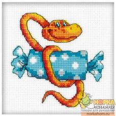Змейка с конфетой