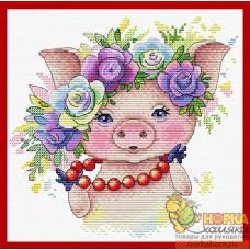 Розовая модница