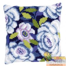 """Подушка """"Голубые цветы"""""""